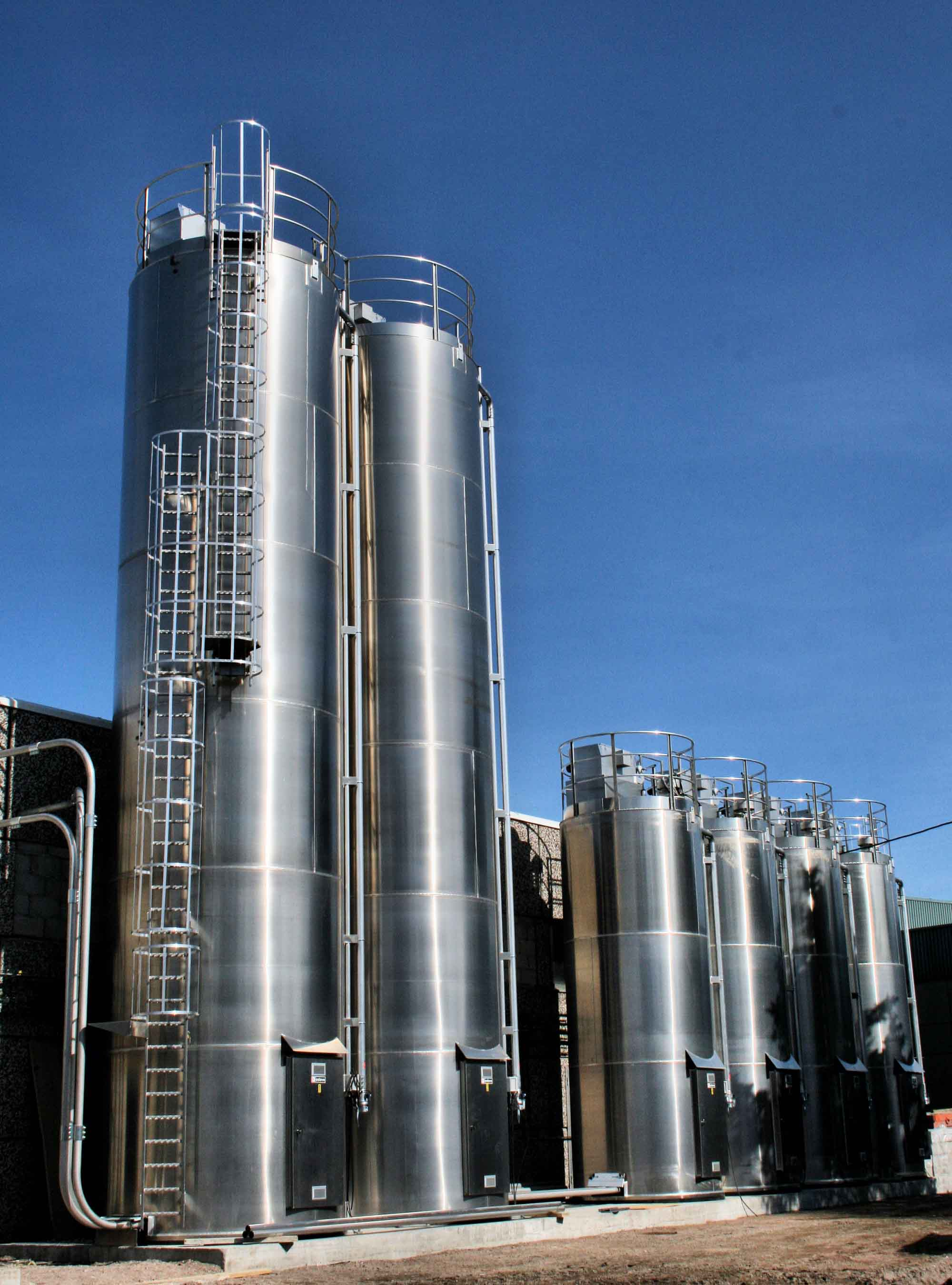 Steel Food Storage Silos Outside